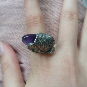 Jewelry - Sterling silver clam shell / flower with amethyst